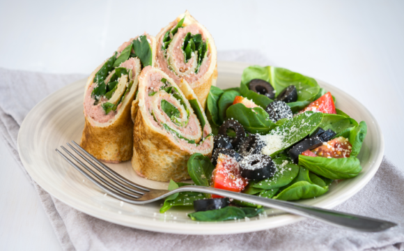 COMPASS_Pancakes with pate and fresh spinach